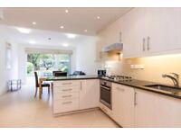 Maisonette Top Quality Ground 1st Floors 3 Bed 2 Bath Open Plan Doors To Garden VeryNearTubeShops