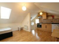 STUNNING STUDIO FLAT IN PERFECT LOCATION - CALL RICCARDO NOW FOR VIEWINGS!!!!