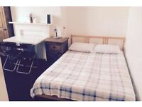 3 Large Double rooms in Angel ! Available for couples and friends ! Call Today