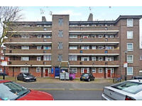 Remarkable Four Bedroom Flat In Brick Lane!!! Available Now!!! Must See!!!!