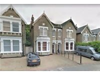 SIX BED THREE BATHROOM HOUSE WITH PRIVATE GARDEN AVAIL NOW NEXT TO STREATHAM COMMON ONLY £755PW