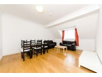 Converted Quality Top 3 DBed 2 Bath Flat Kitchen Separate Sitting Rm Car Park NearTubeBusShopsPark