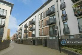 1 bedroom flat in City Walk, London, SE1 (1 bed) (#1087468)