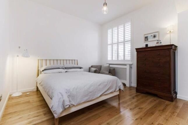 **STUNNING ONE BEDROOM**WIFI INCLUDED**HOLLAND PARK**