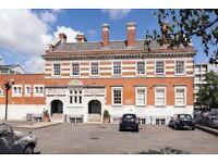 Converted Bath house flat- Shoreditch