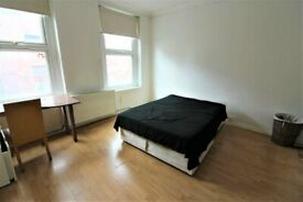 Massive 3 bed house chadwell heath part dss welcome