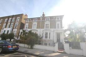 2 bedroom flat in Bartholomew Road, Camden, NW5