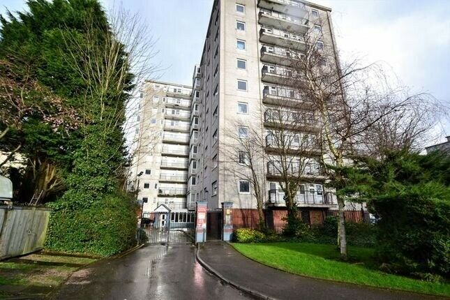 One Bed Flat To Rent In Salford In Salford Manchester