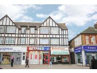 2 BED PURPOSE BUILT FIRST FLOOR FLAT READY TO MOVE IN CHADWEL HEATH HIGH ROAD (RM6)
