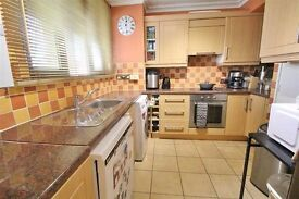 CALEDONIAN ROAD,N1, MODERN 4 DOUBLE BED HOUSE WITH PATIO