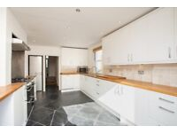 5 Bed Terraced House to Rent in Chiswick, London W4. Available now! Ideal for schools in the area