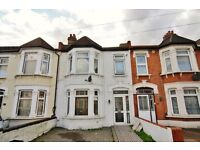 Beautiful 2 bed flat in ilford / Seven King -Bills included -£1150 PCM