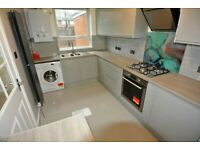 Brand Newly Refurbished 2 Double Bedroom Flat with garden & off st parking. 5 min Lee Station