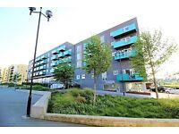 3 bedroom flat in Minter Road, Barking