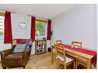 Fully Furnished 1 Bedroom Flat at Corstorphine , EH12 8XR in quiet residential area.