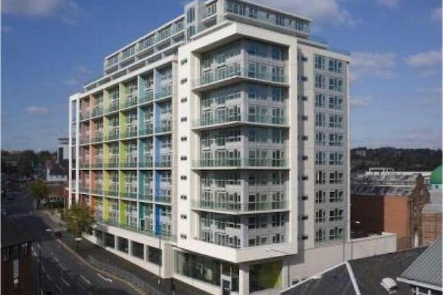 Short Term City Centre Apartment at Litmus Building City Centre all inclusive from 65 Pounds a Night