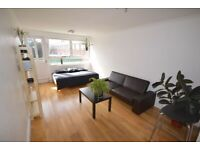 Square Quarters are pleased to present this spacious three bedroom (2 double, 1 single)