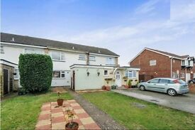 Spacious 3-bedroom house to let, close to Ewell West train station (300m).