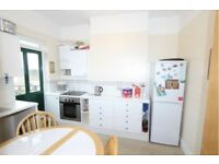 Must See 3 Bed Flat in Chingford E7, Few Mins Walk From Station, Part Dss Accepted