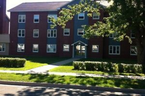 Wilmot Park Apartments ** ONE Bedroom** Available May 1st!