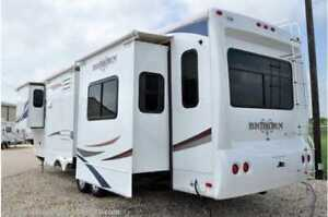 For Rent - large 5th wheel trailer