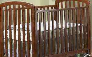 STORKCRAFT® Royal Classic Sleigh*Solid Oak*Baby Crib+WOW Deal! London Ontario image 2