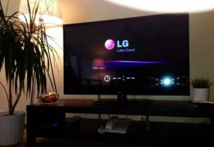"42"" L.G SUPER SLIM Full 1080p LED LCD T.V"