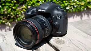 Canon 7D mk ii + 24-105 mm f/4 L USM IS LNIB