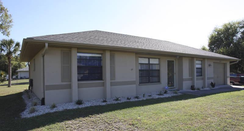 Port charlotte fl 3 bedroom home for rent florida - 4 bedroom rental homes in charlotte nc ...