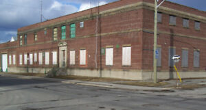 Warehouse / Shop / Garage for Sale 29,000' square feet 1.7 ac.