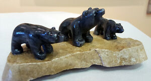 3 Small Bears - Aboriginal carving For Sale