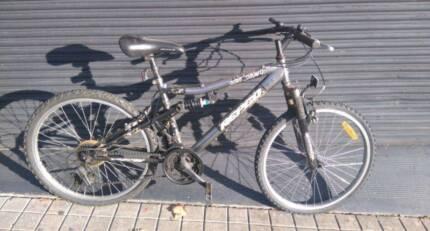 Repco Dirt Dawg Mountain Bike 15 Speed
