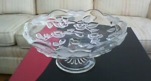 Covered Veggie Dish,Glass Stand,Candy Dish Oakville / Halton Region Toronto (GTA) image 2