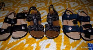 3 pairs of new clarks sandals tags still on. Navy, black and bn.