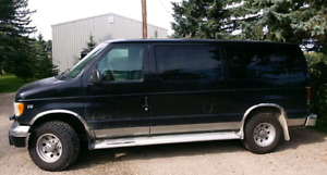 Ford E350 7.3 Turbo Diesel 12 Seater