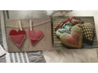 2x red heart canvas