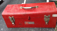 Well used Crasftmen red metal tool box
