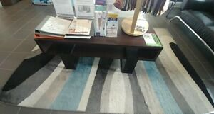 Swanson coffee table mint condition WESTON RD & HWY 401