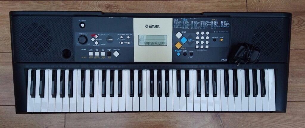 yamaha electric keyboard model ypt 220 in kirkham lancashire gumtree. Black Bedroom Furniture Sets. Home Design Ideas
