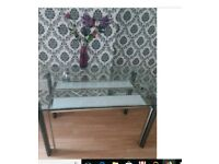 ** dining table**