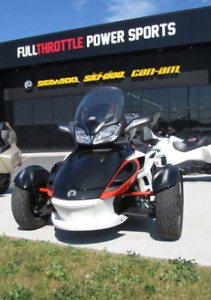 2015 Can-AM Spyder ST-S (5 Speed Manual) SMS
