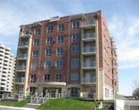 NEW PRICE! St-Laurent 31/2 condo moving for sale!