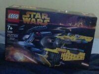 LEGO set #7256 - Jedi Star Fighter and Vulture Droid