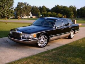 Wanted: 90's Town Car with low km's and minimal or no rust