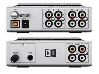 Native Instruments Traktor Scratch 6 A6 audio interface with 4x Traktor MK2 control vinyl & 2x CDs