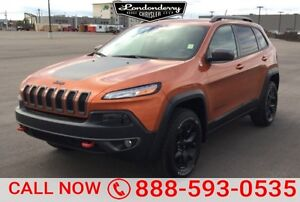 2015 Jeep Cherokee 4WD TRAILHAWK Leather,  Sunroof,  Bluetooth,