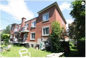 Huge upper condo in Montreal-West July or Later