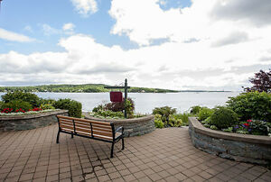 NEW PRICE!!!!!! BEDFORD WATERFRONT CONDO!!!!