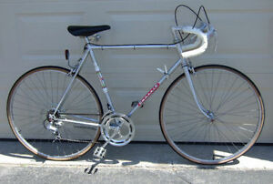 Favorit Rapido 10-speed Classic Racer with 23-inch (58cm) Frame