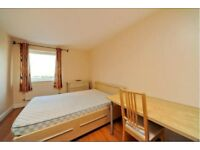 Three double bedrooms available in a three bedroom flat in a great location.